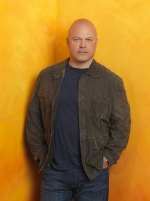 Michael Chiklis - No Ordinary Family