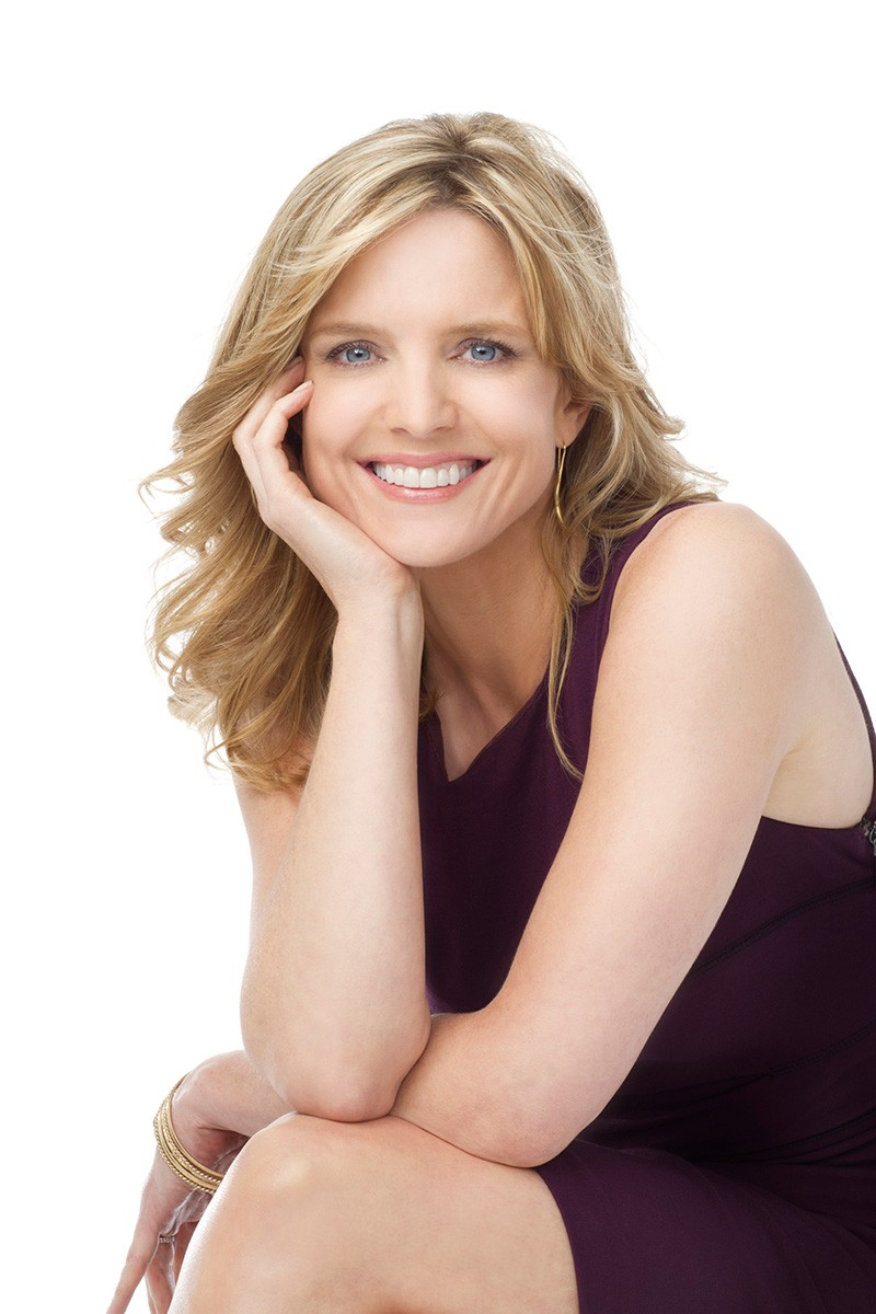 Courtney Thorne-Smith Nude Photos 11